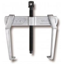 BETA 1500N/3 ulosvetäjä, kaksi jalkaa, liukuva. Korkeus max 150mm. Halkaisijat min-max 35÷140mm. Kynnen paksuus 17mm