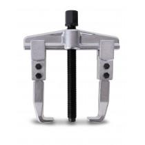 BETA 1500/1 ulosvetäjä, kaksi jalkaa käännettävissä sisä- tai ulkopuolisiksi. Korkeus max 100mm. Leveydet sisä/ulko min/maks 25÷80 tai 70÷130mm. Kynnen paksuus 35mm