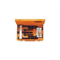 BETA 1535/C1 sarja metallisalkussa, ulosvetolevy, ulosvetäjä ja tarvikkeet. 4-osaa. Ulosvetolevyn kita 5÷60mm