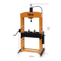 BETA 3027 50 hydraulinen puristin liikkuvalla männällä ja nostimella, manuaalinen 2-nopeuksinen pumppu. Suurin kapasiteetti 50t