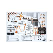 """BETA 5957VG Työkalulajitelma 174-osaa autonhuoltotyökaluja. Hylsyavainsarja koot 10-32 vääntiö 1/2"""" ja kiintolenkit koot 6-30 mm. Pihdit, avaimet, meisselit, T-kahva hylsyt ja momenttiavain 40÷200 Nm."""