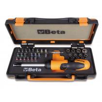"""BETA 860/C38P sarjassa räikkäväännin nivelkahvalla ja istukalla 1/4"""", sekä 27 BITS-kärkeä ja 8 hylsyavainta. 38-osaa"""