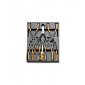 BETA TOOLS T140  sarjassa seegerpihtejä, sakset ja leikkurit 8-osaa lämpömuovatussa paneelissa